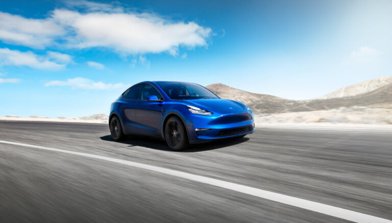 Tesla представила электрический кроссовер Model Y