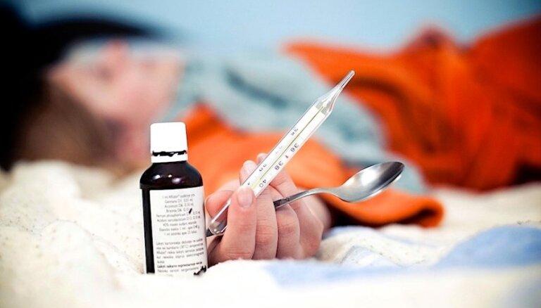 Apsver iespēju lielāku slimības pabalstu izmaksu daļu pārlikt uz valsts pleciem