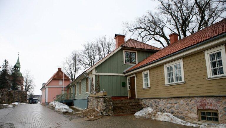 Noteikta senākā koka ēka Latvijas pilsētās