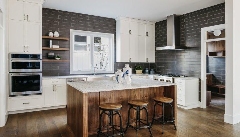 Cik plaša vieta telpā nepieciešama virtuves saliņai
