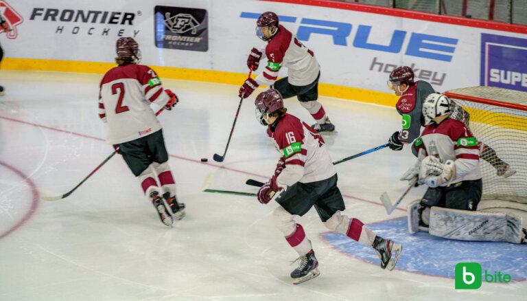 Latvijas U-18 hokeja izlase PČ priekšvakarā pārbaudes spēlē uzvar vienaudžus no Vācijas