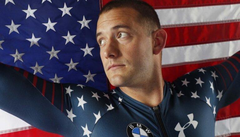 ASV bobsleja izlases pilotam Olsenam Korejā izdarīta apendicīta operācija