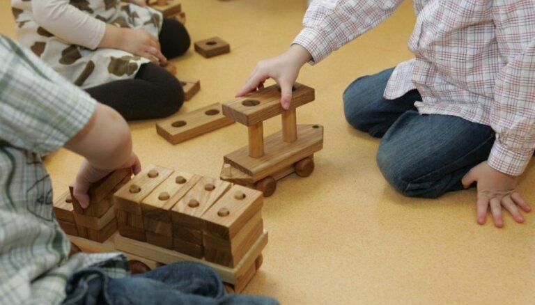 Krievijas mediji sašutuši par patriotisma mācībām Rīgas bērnudārzā