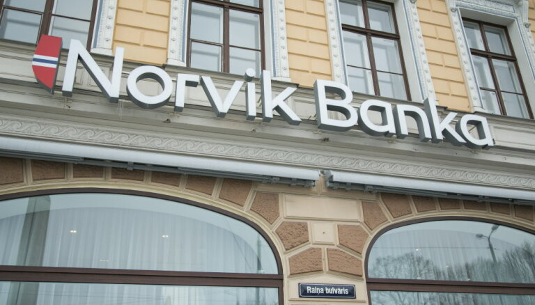 Pēc Rimšēviča preses konferences no 'Norvik bankas' izņemti 43 miljoni eiro