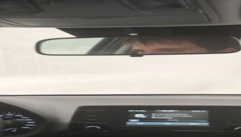 Video: Spēcīgs putenis uz Koknese-Tinūži šosejas