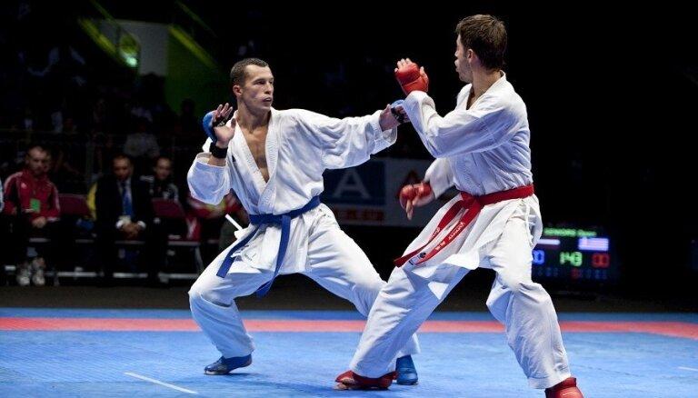 Karatistam Sadikovam divas uzvaras A sērijas turnīra cīņās