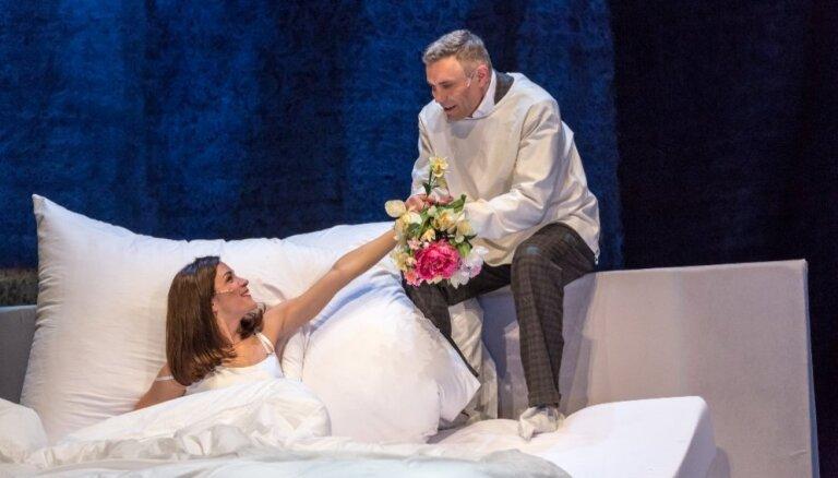 Foto: Pasaka par laulību Dailes teātrī – 'Laulības dzīves ainas'
