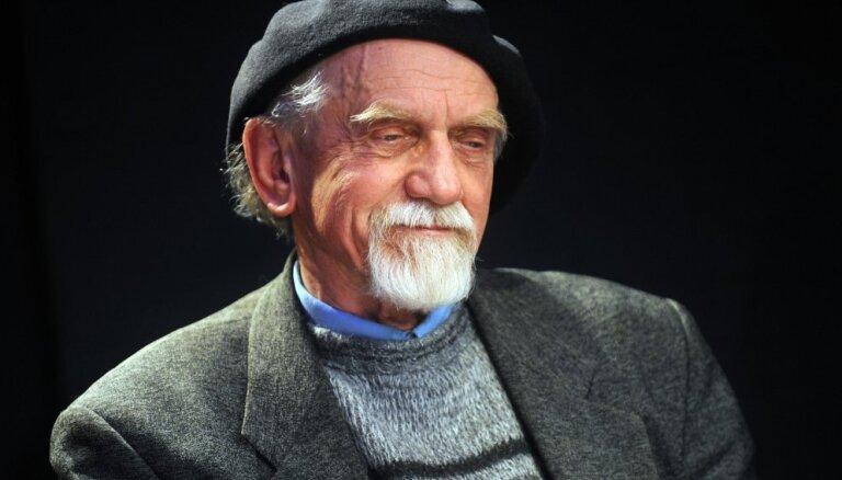 Latviešu dokumentālā kino vecmeistaram Ivaram Seleckim - 80. Sveicam apaļajā jubilejā!