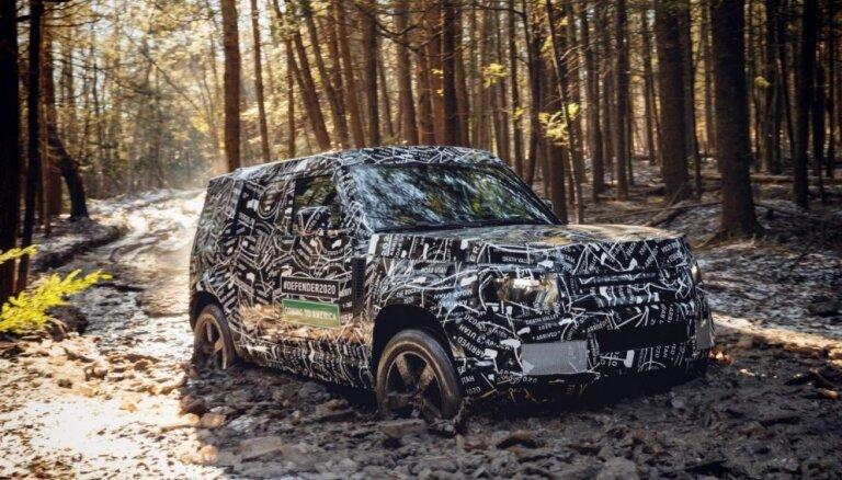 Video: 'Land Rover' demonstrē jaunā 'Defender' izmēģinājumus