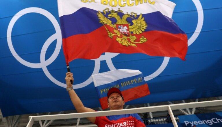 Phjončhanas paralimpisko spēļu rīkotājiem grūtības rada Krievijas karogu kontrolēšana tribīnēs