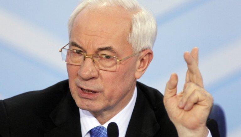 Азаров задумался о создании правительства Украины в изгнании