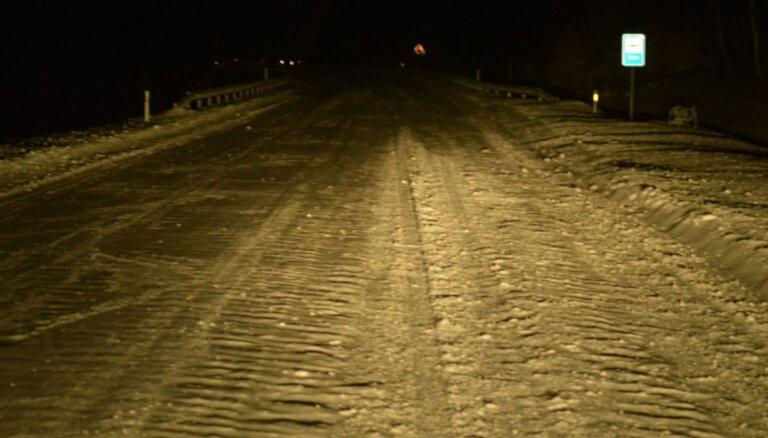 Slidens ceļš uz Ventspils šosejas Talsu novadā