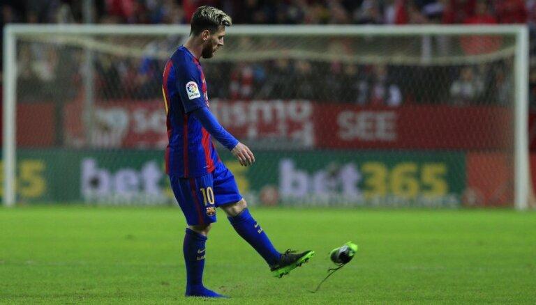 Месси впервые с 2006 года не попал в тройку лучших игроков года по версии ФИФА