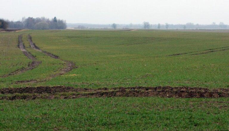Zemes iegādes kreditēšanas programmā lauksaimnieki līdz šim iegādājušies 37 600 hektārus zemes