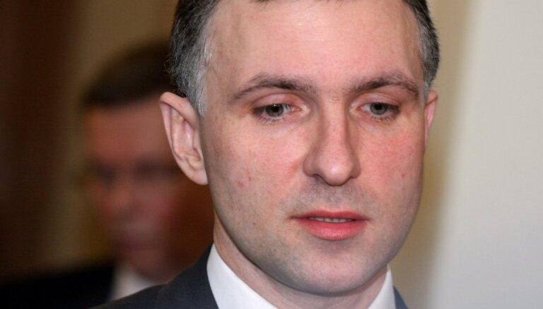 Bijušais FKTK šefa vietnieks Brazovskis konsultēs Komercbanku asociāciju