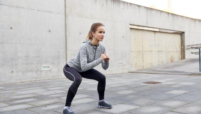 Чаще ходите пешком, приседайте и пейте кофе. 9 эффективных способов убрать лишний жир с бедер и ног