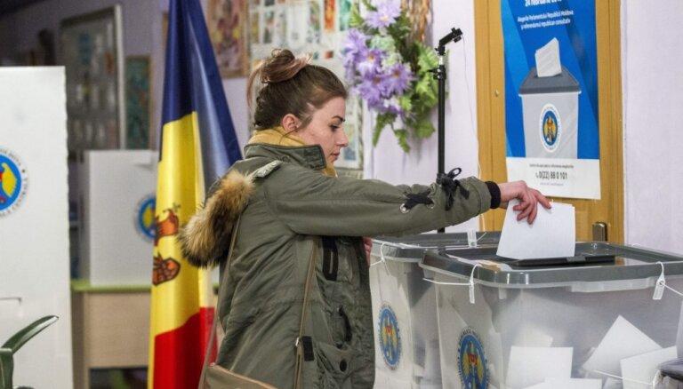 Moldovas parlamenta vēlēšanās visvairāk balsu promaskaviskajiem sociālistiem