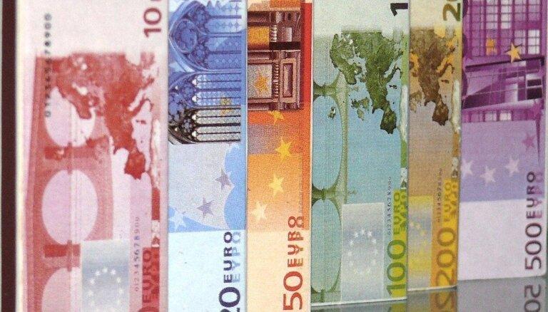 Diskutēs par minimālās algas celšanu līdz 600 eiro no 2023. gada