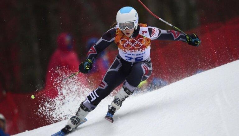 Kalnu slēpotājai Āboltiņai trešā vieta Somijas čempionāta nobrauciena sacensībās