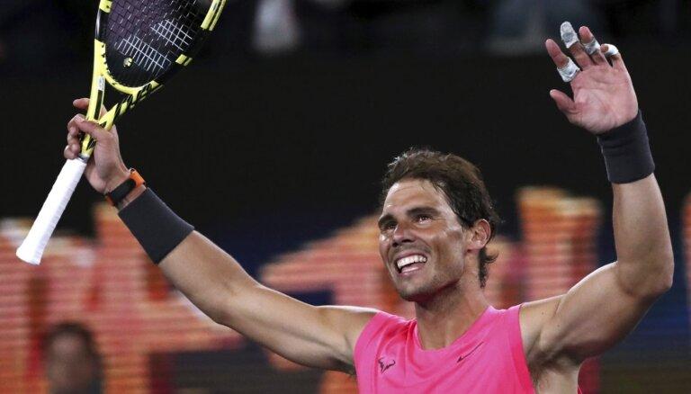 Nadals un citi favorīti sasniedz Austrālijas atklātā čempionāta trešo kārtu