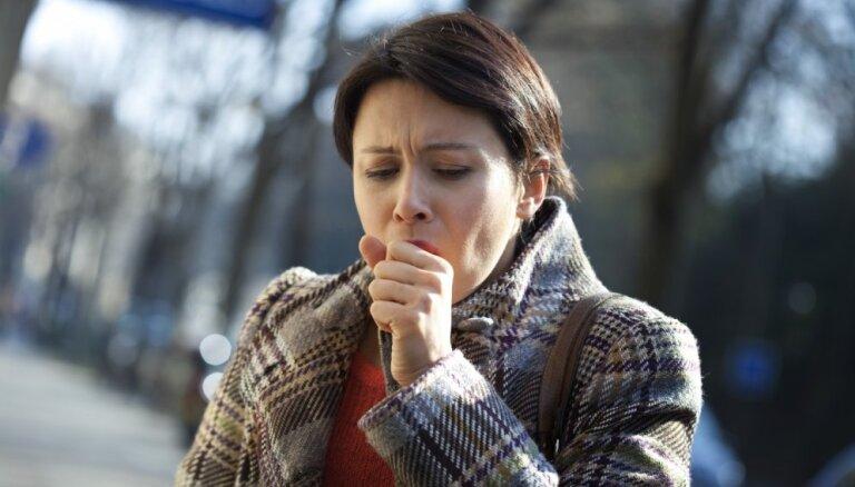 Eksperts: plaušu vēzis ir izplatīts arī starp nesmēķētājiem, un to bieži atklāj novēloti