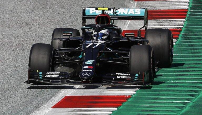 F-1 sezona sākas ar Botasa uzvaru; Hamiltons soda dēļ zaudē pjedestālu