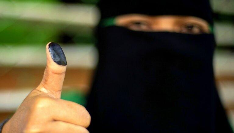 Foto: Filipīnu MILF atbalstītāji plebiscītā balso par pašnoteikšanos