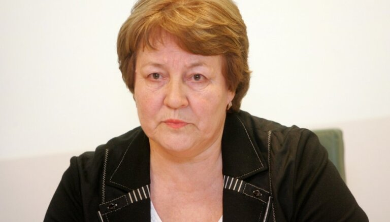 Ilma Čepāne: Ēzeļi lauvas ādā un demokrātija