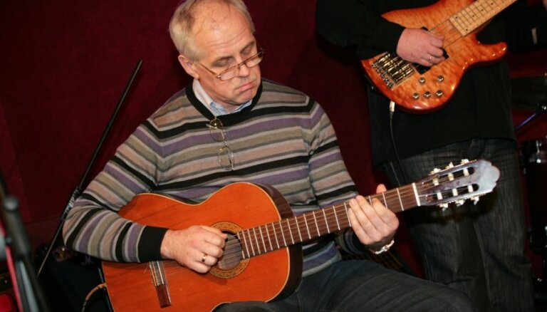 Ciklā 'Brīvdienu mūzika' Dzintaros uzstāsies Aivars Hermanis