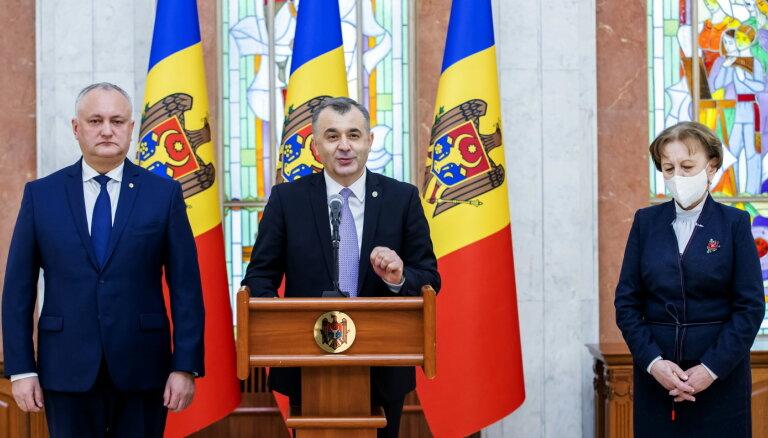 Atkāpjas Moldovas valdība