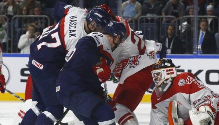 Slovākijas hokeja izlasē neiekļauj nevienu KHL kluba 'Slovan' spēlētāju