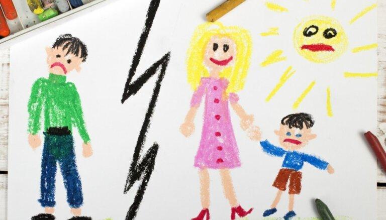 Tēvs draud mātei atņemt bērnu – vai to ir iespējams izdarīt?