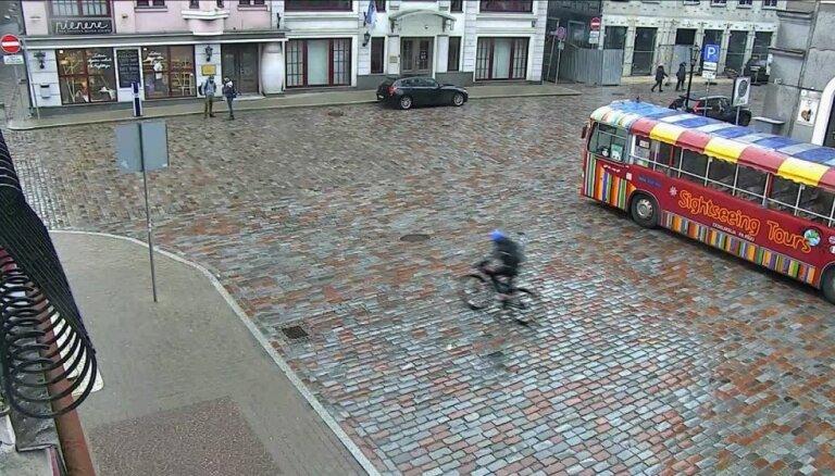 Ar videonovērošanas palīdzību notverts velosipēda zaglis