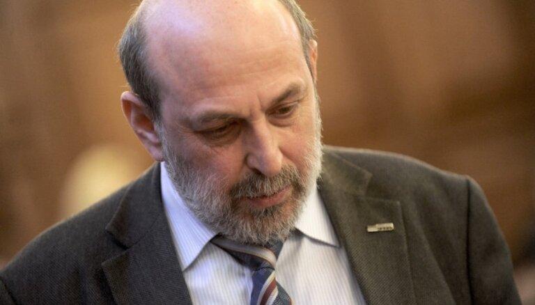 Депутата Сейма Цилевича хотят наказать за аварию