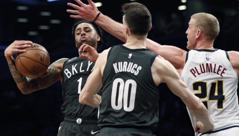 Kurucam septiņi punkti uzvarā; Bertānam 12 punkti pret NBA čempioniem