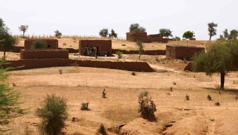 Krīze Burkinafaso: Apsver ES militārpersonu nosūtīšanu