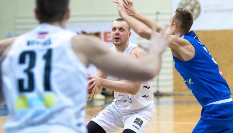 Buškevica debijā 'Jēkabpils' LBL pastarīšu duelī uzvar 'Valmiera'/ORDO basketbolistus