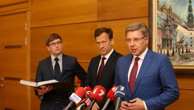 Ušakova advokāts pārmet Pūcem interešu konfliktu