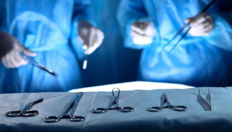"""Проблемы с уретрой у мужчин: как избежать пожизненной """"трубочки в боку"""""""