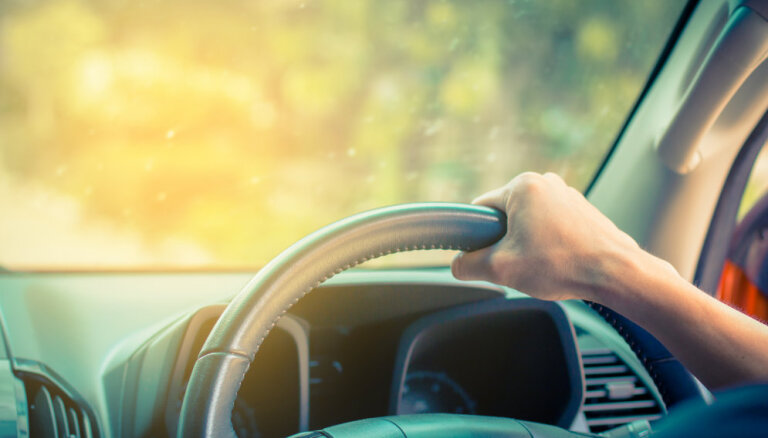 Туристу на заметку: 15 советов для вождения по другой стороне дороги
