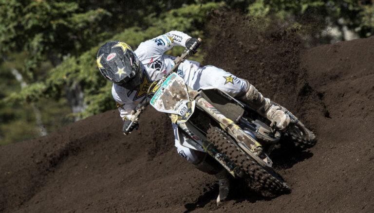 Jonass sezonas pirmajā posmā MXGP debitē ar desmito vietu