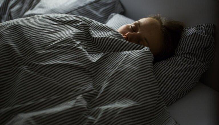 Vērā ņemami ieteikumi, kas palīdzēs naktīs gulēt labāk