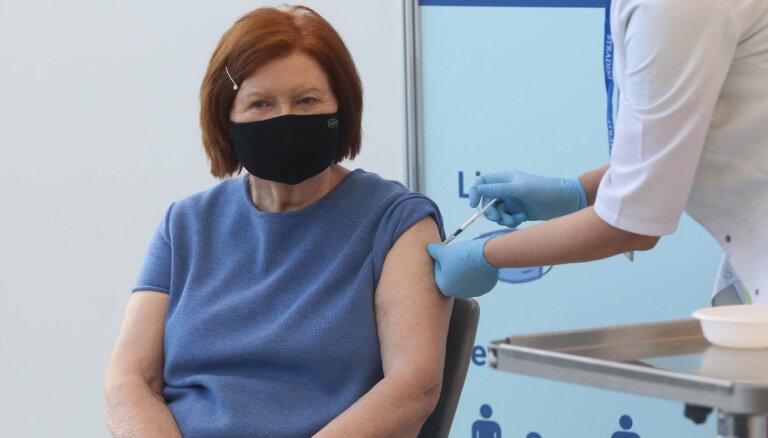 Вике-Фрейберга, Улманис, Затлерс и Берзиньш сделали прививки от Covid-19