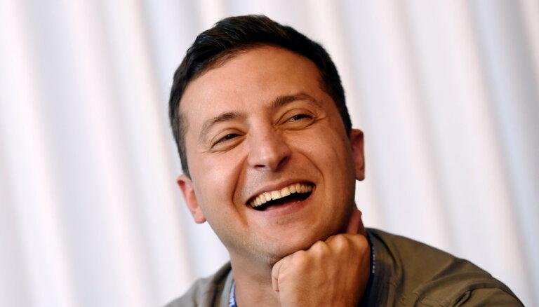 Украина: в президентской гонке лидерство захватил шоумен Зеленский