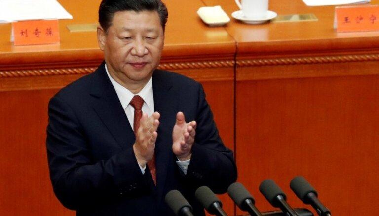Rietumi ir ekonomiski, tehnoloģiski un militāri pārāki par Ķīnu, atzīst Sji