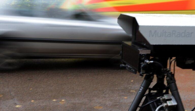 Fotoradari atsāk darbu uz ceļiem: zināmas to atrašanās vietas