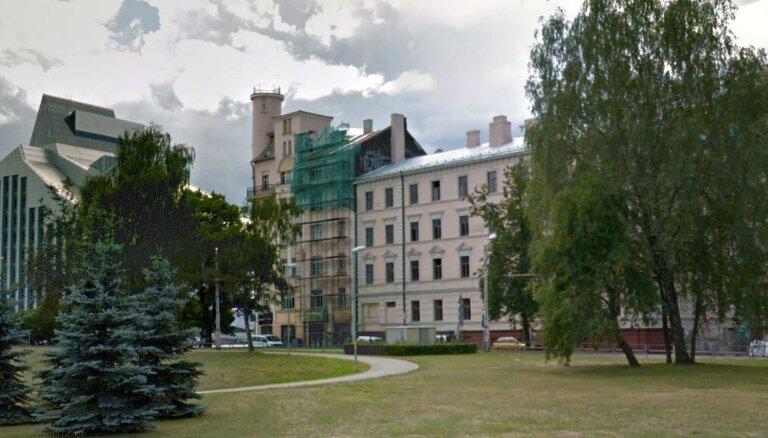 Valsts pārdošanā izliek īpašumu ekskluzīvā Rīgas vietā