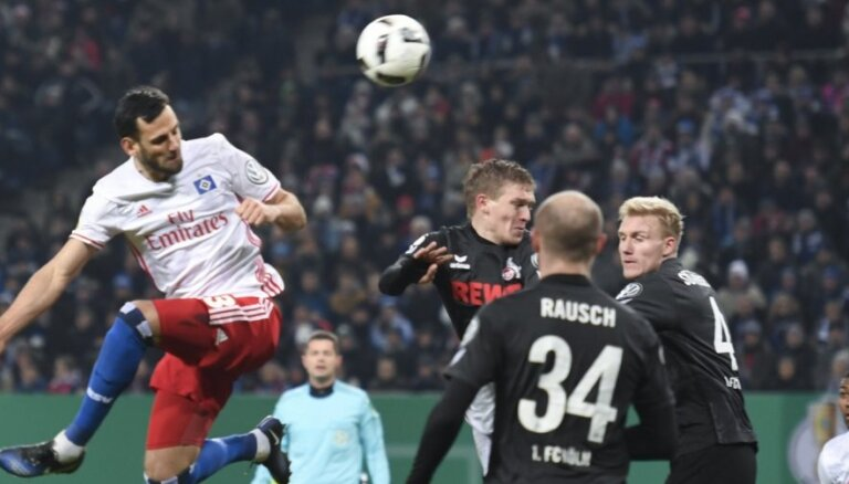 Rudņevs neglābj 'Koln' no zaudējuma Vācijas kausā pret savu bijušo vienību HSV