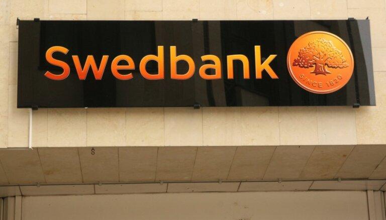 Raidījums: izmeklēšana par 'Swedbank' Latvijā notiek saistībā ar 'Magņitska lietu'