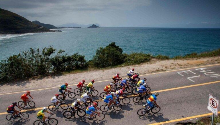 Rio paralimpiskajās spēlēs pēc kritiena bojā gājis Irānas riteņbraucējs